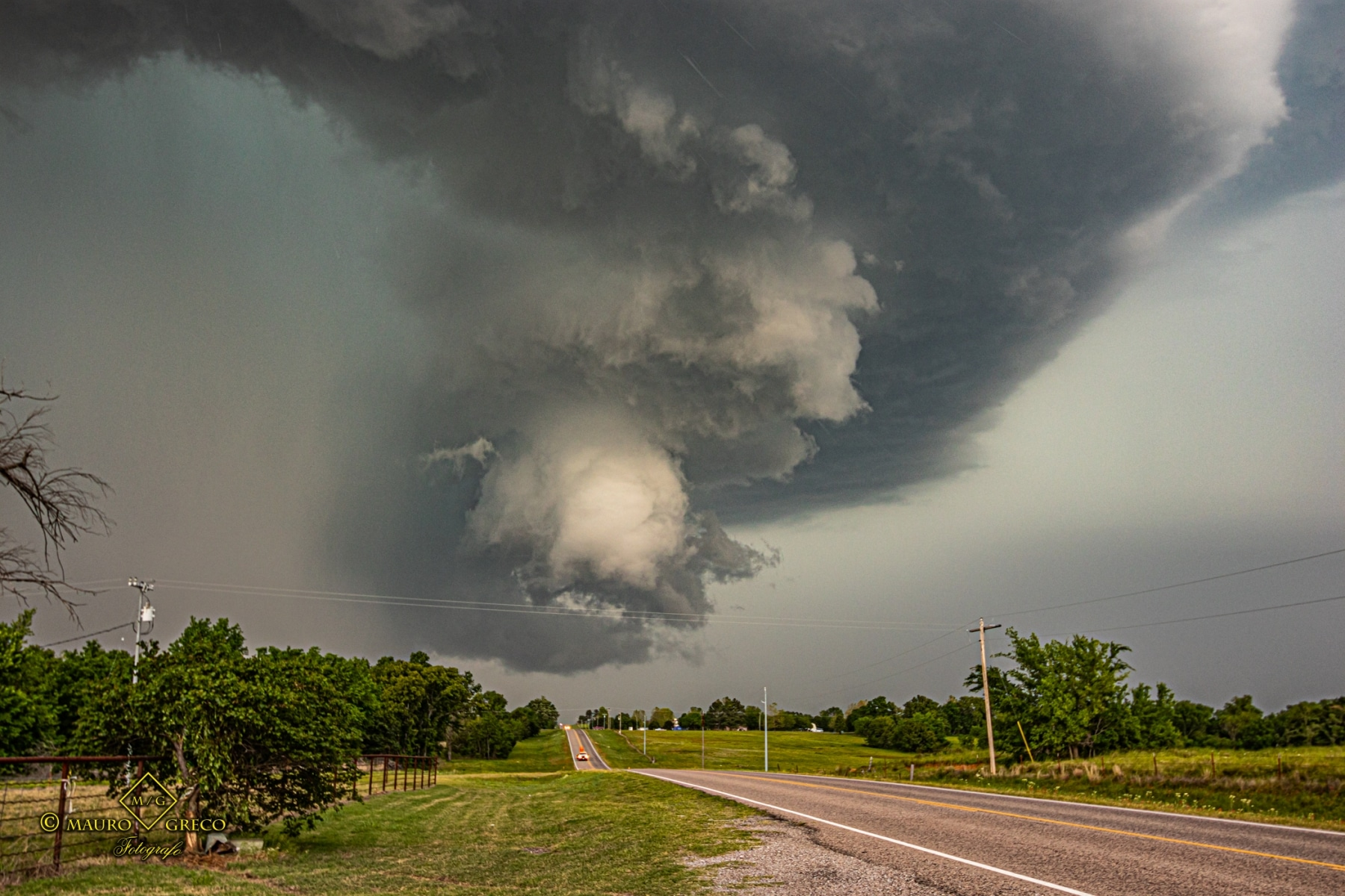 May 4 2020 tornado warned supercell near Rosedale Byars Oklahoma - Tornado Tour StormWind