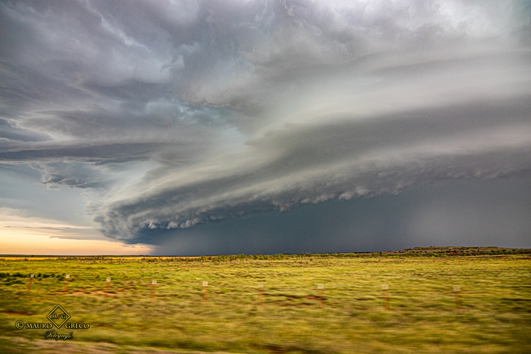 May 13 2020 severe thunderstorm supercell and shelf cloud near Willow Oklahoma - Tornado Tour StormWind
