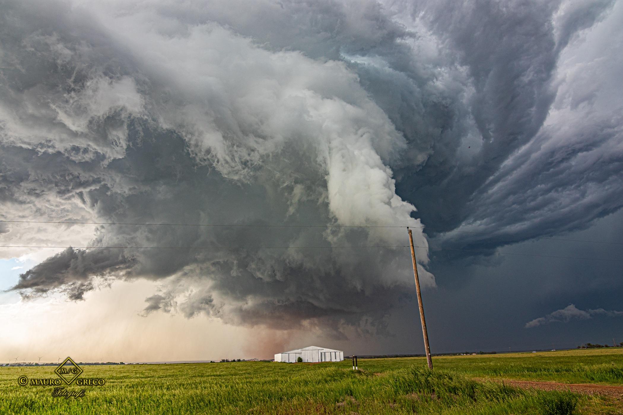 April 23 2021 Lockett Texas - Tornado Tour StormWind