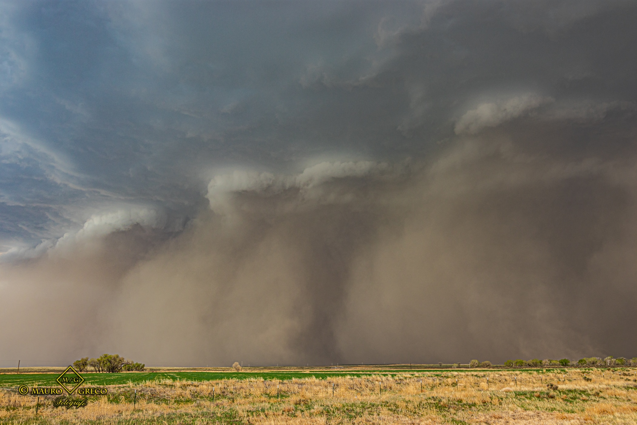 May 02 2021 Sand storm and tornado warned supercell close to Lamar Colorado - Tornado Tour StormWind